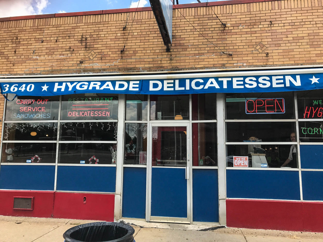 Hygrade Deli in Detroit, MI is the spot for their famous Corned Beef Sandwich. Find the full post at www.thebite2night.com